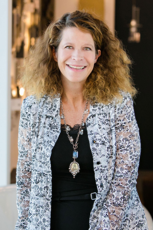 Melanie Dumas
